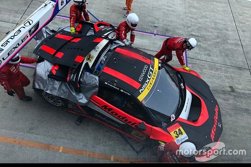 公式練習中に大クラッシュを喫した34号車NSX、レース出走を断念
