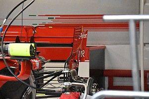 Új zárólapot kapott a Ferrari hátsó szárnya Szingapúrra