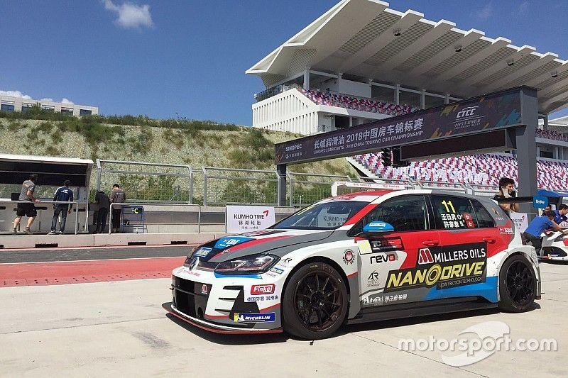 China: a Ningbo è dominio con doppia pole position per la Volkswagen del TeamWork Motorsport