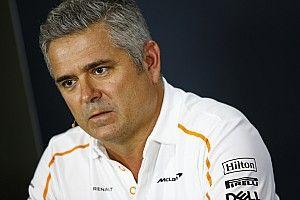 "De Ferran: atual momento da McLaren ""me deixa com raiva"""