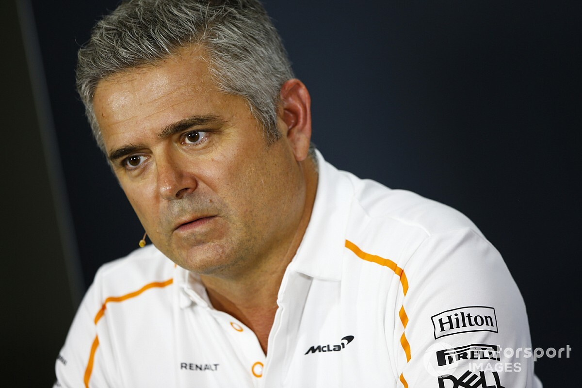"De Ferran suppressing ""anger"" amid McLaren results"
