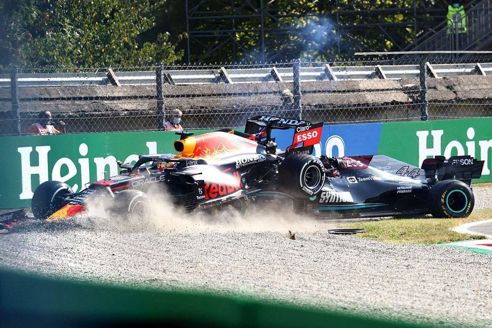 Insiden Hamilton-Verstappen Tunjukkan Kurangnya Kontrol Diri