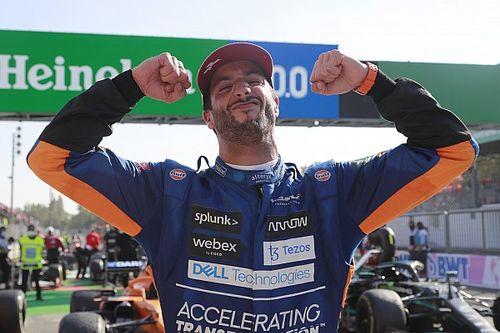 """Ricciardo straalt na zege in Monza: """"Ik ben nooit weggeweest"""""""