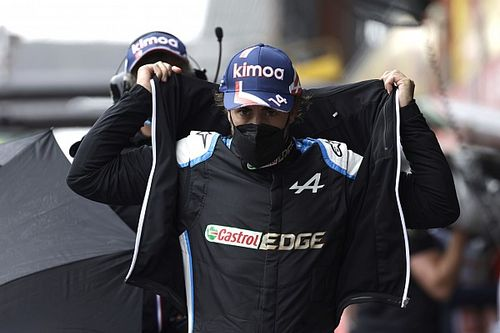 Alasan Fernando Alonso Tak Mau Satu Tim dengan Max Verstappen