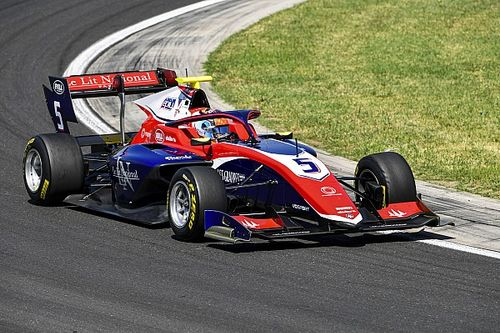F3ソチ予選:ノバラク最速タイム、逆転チャンピオン目指すドゥーハン2番手。岩佐歩夢は18番手