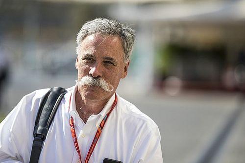 """F1-supremo Carey: """"Zelf pro-gridgirl, maar moeten door"""""""