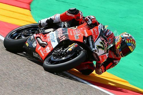 Aragon, Gara 2: Davies porta in trionfo la Ducati davanti a Rea
