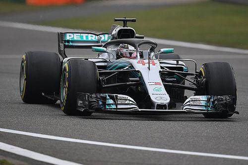 """Hamilton somber: """"Weet niet of we Ferrari kunnen uitdagen"""""""