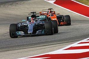 """Alonso: """"Hoop volgend jaar tegen Hamilton om de titel te strijden"""""""
