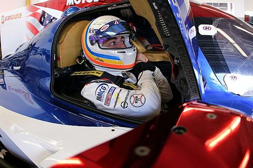 Apesar de problemas, Alonso aprova experiência em Daytona