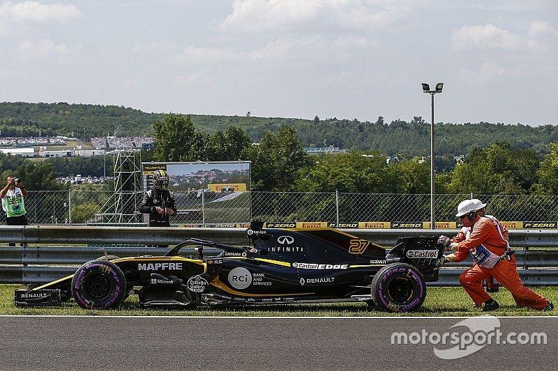 Renault recibe una sanción en suspenso por un extraño error con los neumáticos