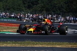 Red Bull in Reihe drei: Ricciardo hadert mit DRS-Problem
