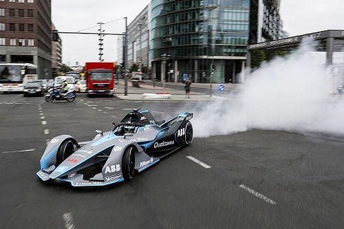 GALERI: Rosberg uji coba mobil baru Formula E