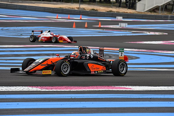 Formula 4 Gara Vesti è il mattatore del fine settimana di Le Castellet e vince Gara 3