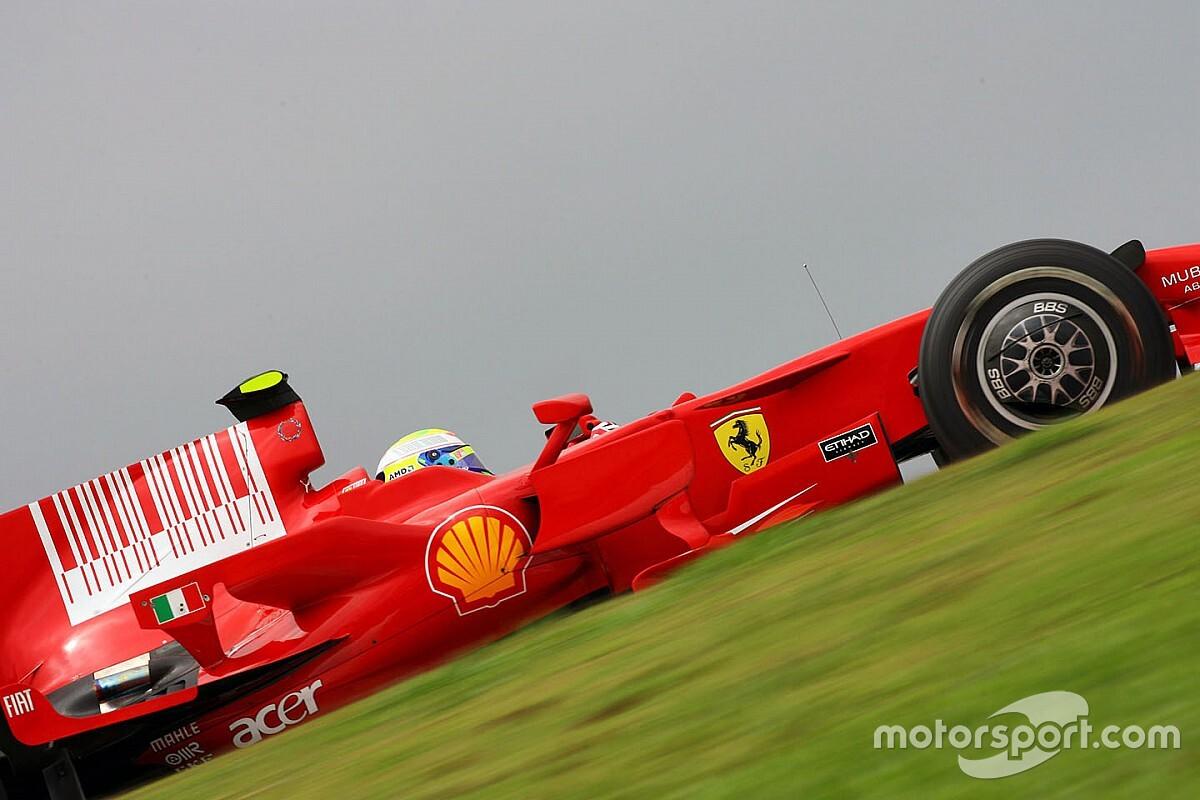 Videón Massa forgásai a Ferrarival a kaotikus 2008-as Brit Nagydíjról