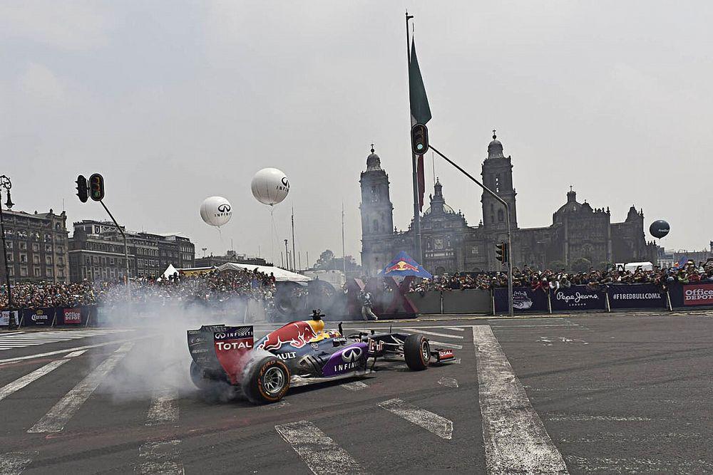 Checo Pérez hará una exhibición con el Red Bull en Ciudad de México