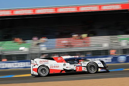 Le Mans 24h: Toyota leads, Porsche hits trouble after four hours