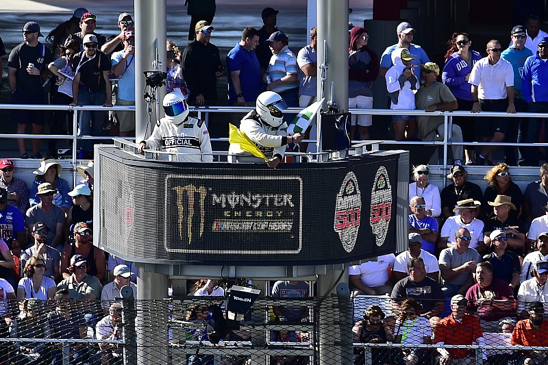 Analysis: How the addition of stages affected the Daytona 500