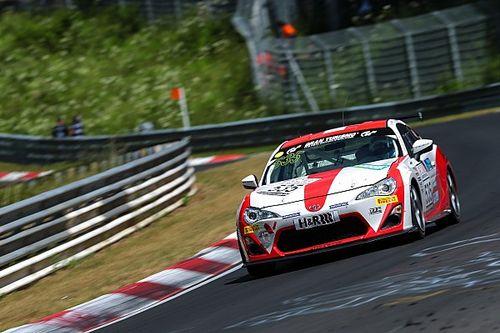 VLN: Schmidt sul podio, Toyota Swiss Racing trionfante
