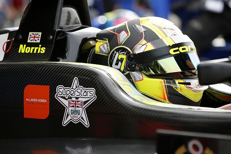 Norris hará dos días de test con un McLaren F1 en Portugal