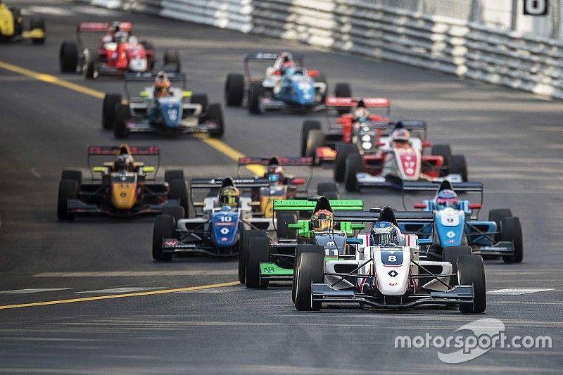 FR2.0 Monaco: Palmer wint vanaf pole, tijdstraf voor Verschoor