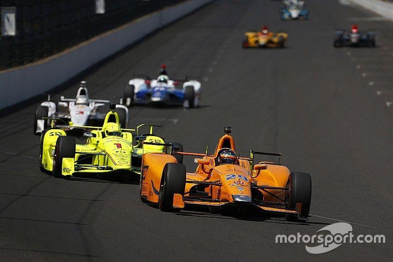 Unser Jr: Alonso Indy 500'de kazanırsa başka F1 pilotlarına ilham verebilir