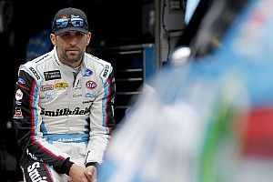 """Aric Almirola: """"I will fight to stay as long as I can in the sport"""""""