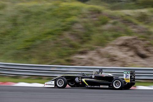 فورمولا 3: نوريس يُهيمن على السباق الافتتاحيّ في زاندفورت