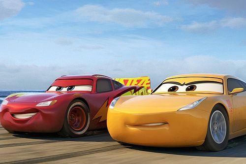 Em Carros 3, McQueen busca direito de parar quando quiser
