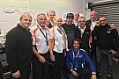 Формула 1 Алонсо відвідав британський етап чемпіонату світу з картингу