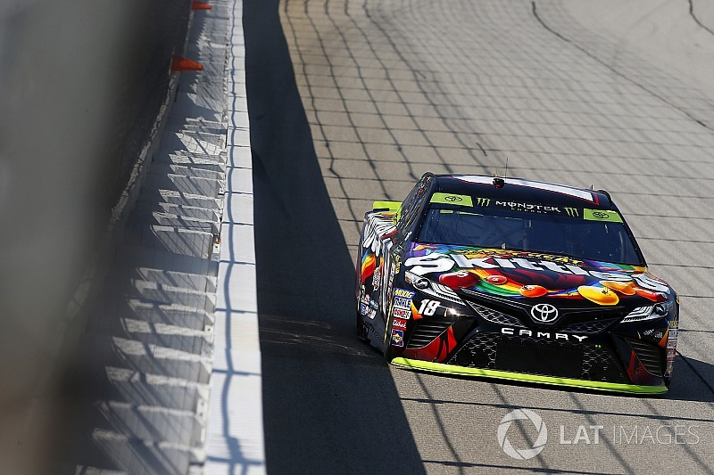 Kyle Busch leads Toyota 1-2-3-4 in first Chicagoland practice