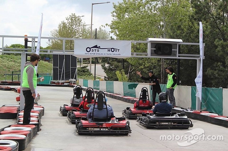 İlk üniversiteler arası karting yarışı düzenlendi