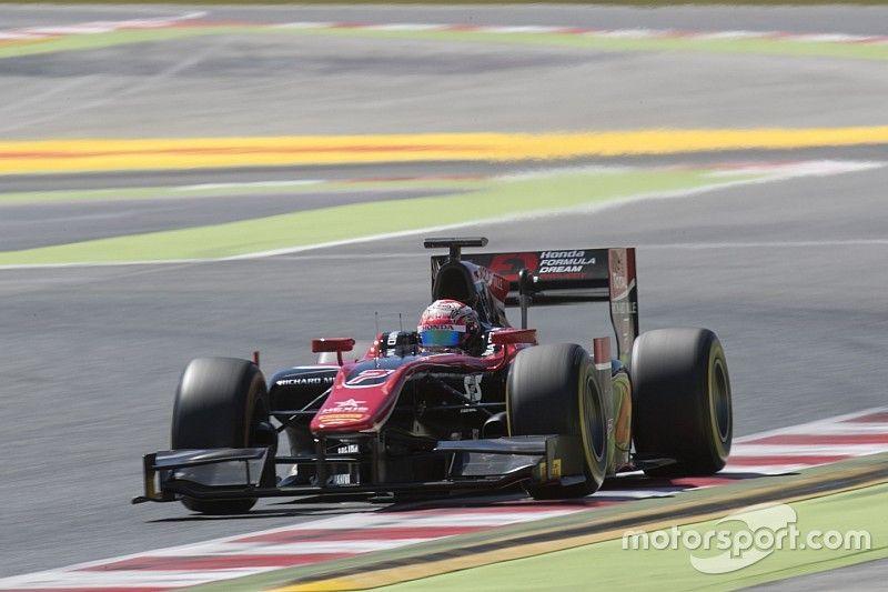 ماتسوشيتا يستغلّ خطأ لاتيفي ليفوز بالسباق الثاني للفورمولا 2 في برشلونة