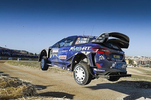 Tanak toma el mando del Rally de Italia tras el abandono de Paddon