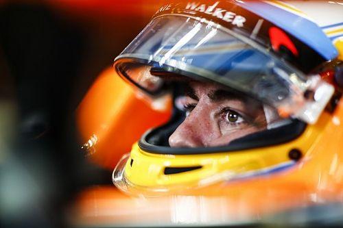 """Alonso ligt niet wakker van uitvalbeurt: """"We reden toch niet in de punten"""""""