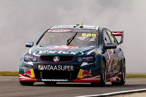 Barbagallo V8s: Lowndes charges to stunning Race 1 win