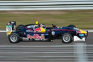 Red Bull adds Ticktum, Verhagen to junior roster