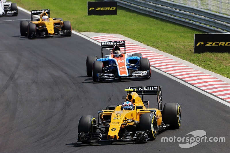 "Renault aims to go on ""attack"" after Hungary showing"