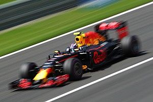 Verstappen: Being outqualified by Ricciardo no big deal