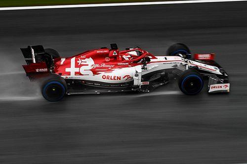 تحليل: هل يستحق كيمي رايكونن مكاناً في الفورمولا واحد الموسم المقبل؟