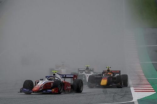 Red Bull Ring F2: Shwartzman holds off Tsunoda for victory