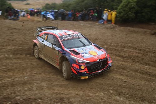 WRC, Rally Acropoli, PS12: Tanak respinge gli attacchi di Ogier