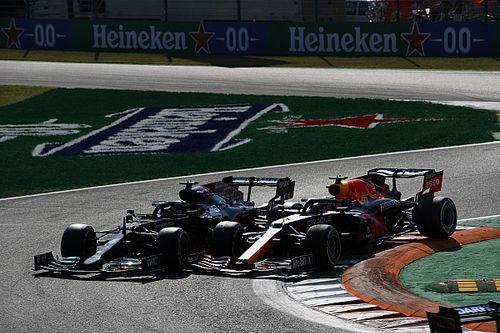 """Wolff szerint Verstappen """"taktikai szabálytalanságot"""" követett el Hamilton ellen"""