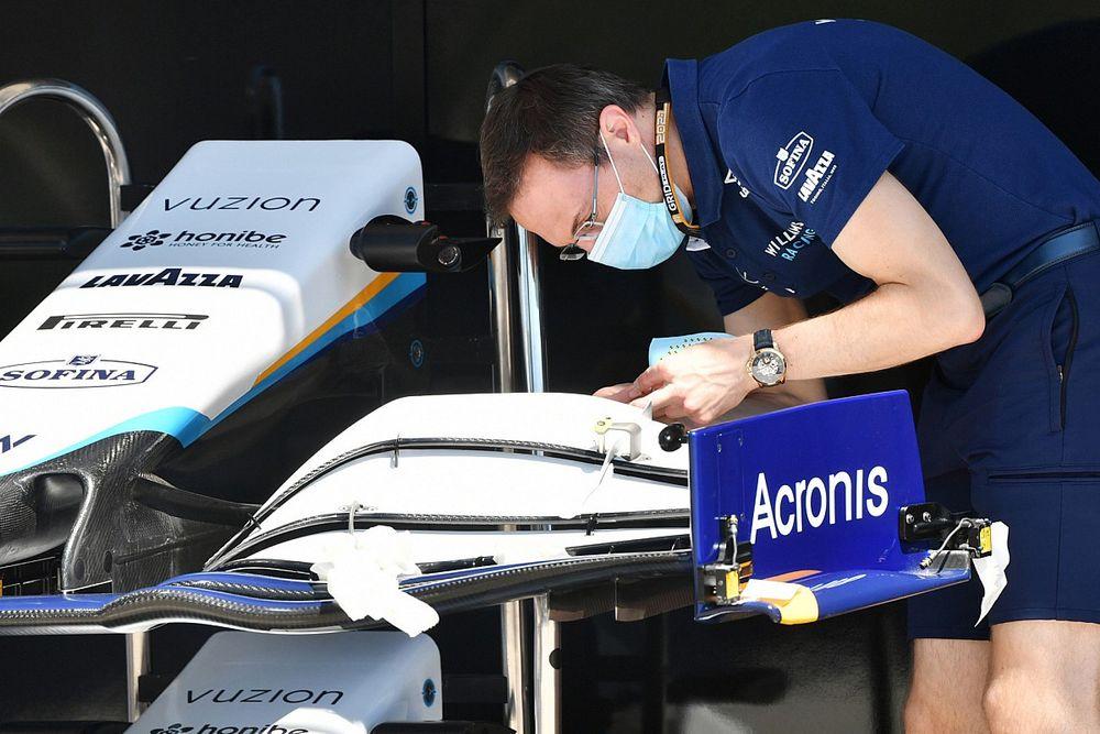 Капито: Внутри Williams как будто было две разных команды