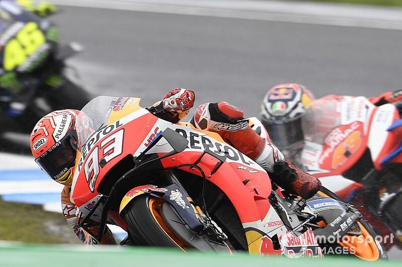 Marquez klaart de lucht met Lorenzo na trainingsincident
