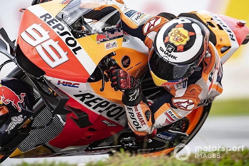 """Rossi looft Lorenzo: """"Eén van mijn sterkste tegenstanders ooit"""""""
