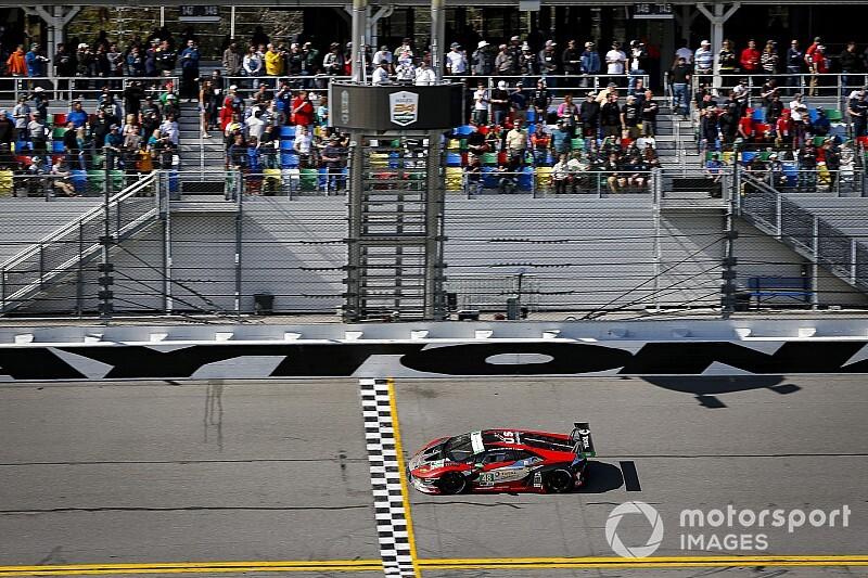 Lamborghini fa tris alla 24h di Daytona con doppietta!