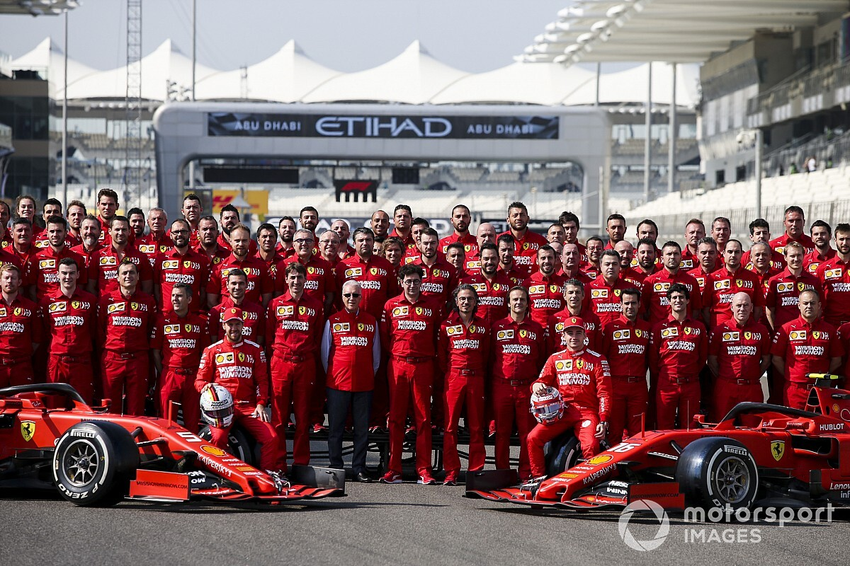 Leclerc majdnem mindenben verte Vettelt a Ferrarinál