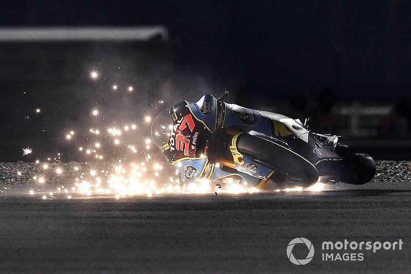 Зрелищные аварии на практике Moto2 в Катаре: фото и видео