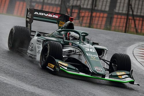 Autopolis Super Formula: Alesi splashes to maiden pole for TOM'S